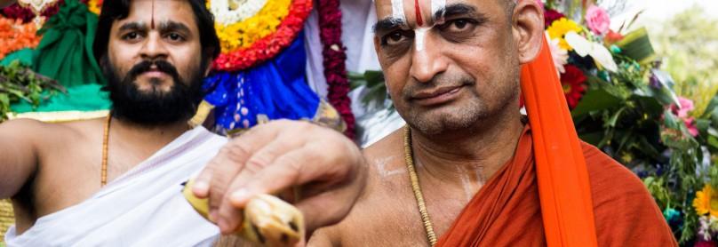 Mumbai-Hindu-Gott-Segnung-Sri-Ramanuja-Sri-Swamiji_017