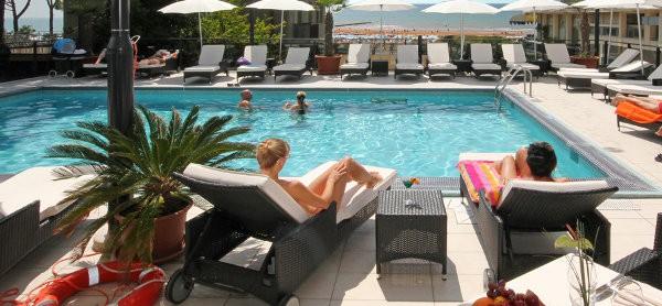pool hotel europa