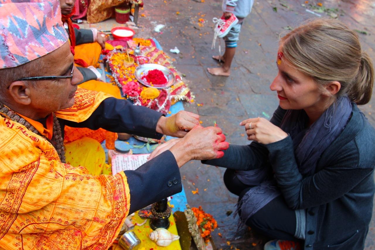 Blut, Qualm & Taschendiebe - Opferfest Dashain in Nepal - Reiseberichte