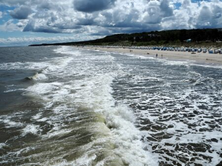 Meerweh: Wellen rauschen heran